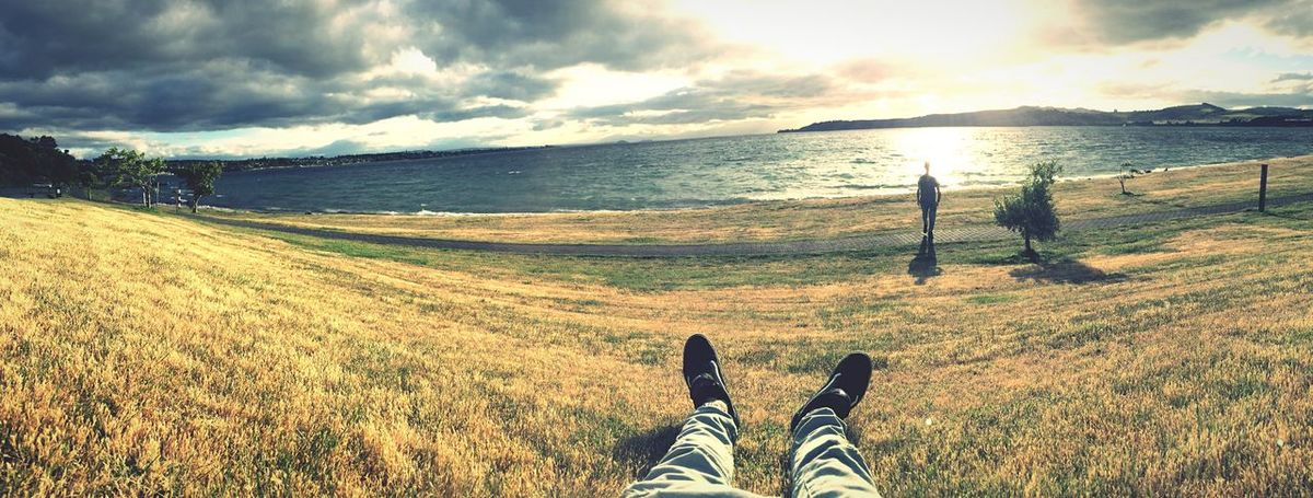 Just Chillin' at Lake Taupo with my Bro // Newzealand Panorama The Tourist