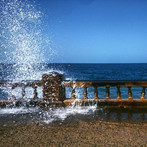 Splash When life doesn't treat you well, just head over to the beach. ^-^ First Eyeem Photo