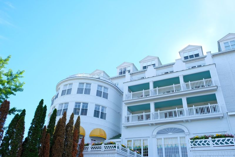Grand Hotel Michigan Arquitecture White Movıe Hotel Puremichigan Island Grand Hotel Building Exterior Built Structure Architecture Sky Nature Plant Building Blue Day Clear Sky
