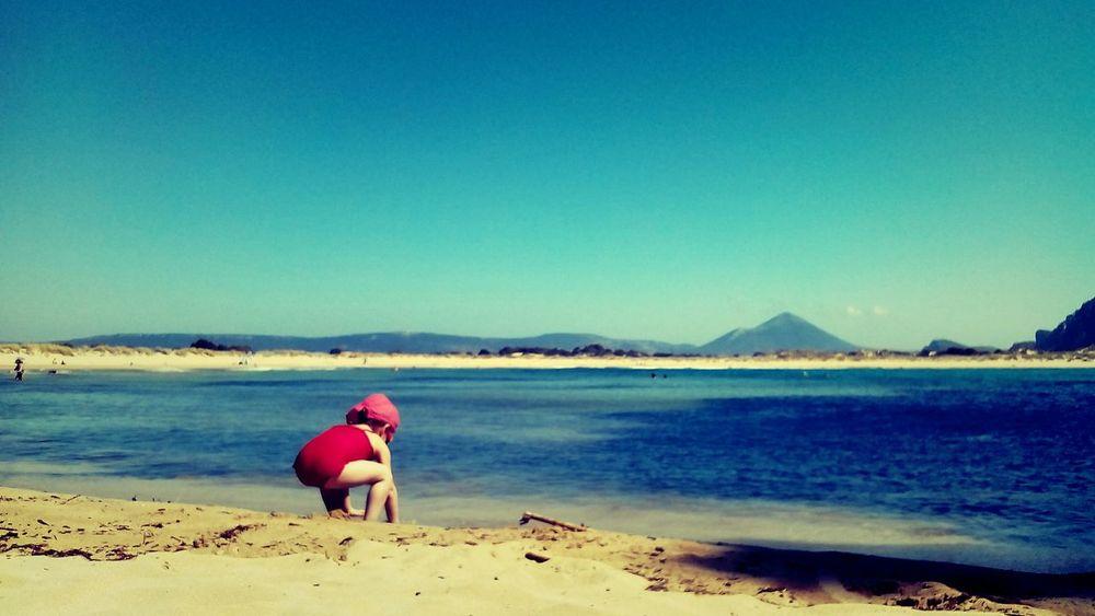 Playing with the sand Summer Views Summer Voidokoilia Voidokoilia_beach Sea Sun Sand Holidays The Traveler - 2015 EyeEm Awards
