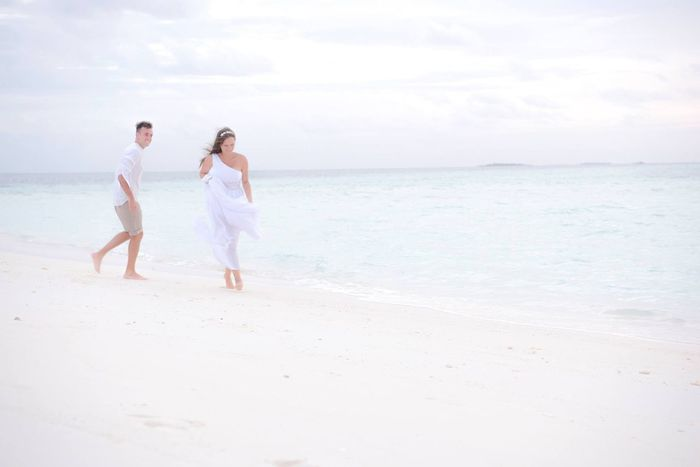 Wedding in Maldives White Wedding Couple Nature Photography Island Wedding Sun Maldives Resorts Maldives EyeEm Selects Sea Beach Water Land Sky Horizon Over Water Scenics - Nature Horizon Beauty In Nature Love Two People Sand