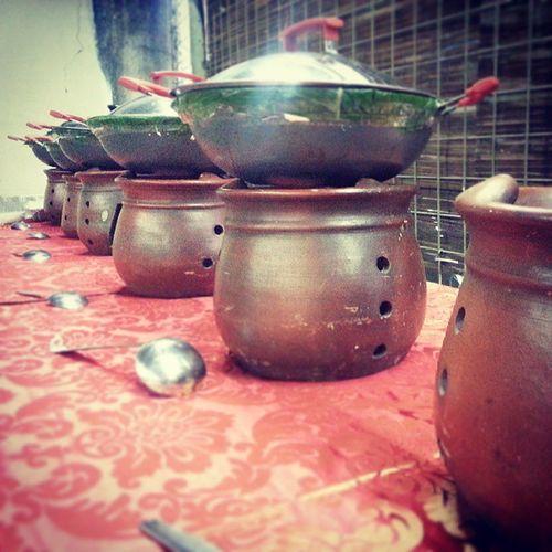 Bukber Bukber Bukabersama Puasa Nasibali food kebersamaan jayakencana jaken pt insta instagram jakarta indonesia makan gentong