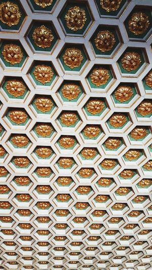 ceiling pattern Ceiling Ceiling Design Ceiling Art Ceilings Celing Architecture Backgrounds Full Frame Pattern Close-up Seamless Pattern Hexagon Diamond Shaped Design Geometric Shape Geometry Honeycomb Textured  Architectural Detail