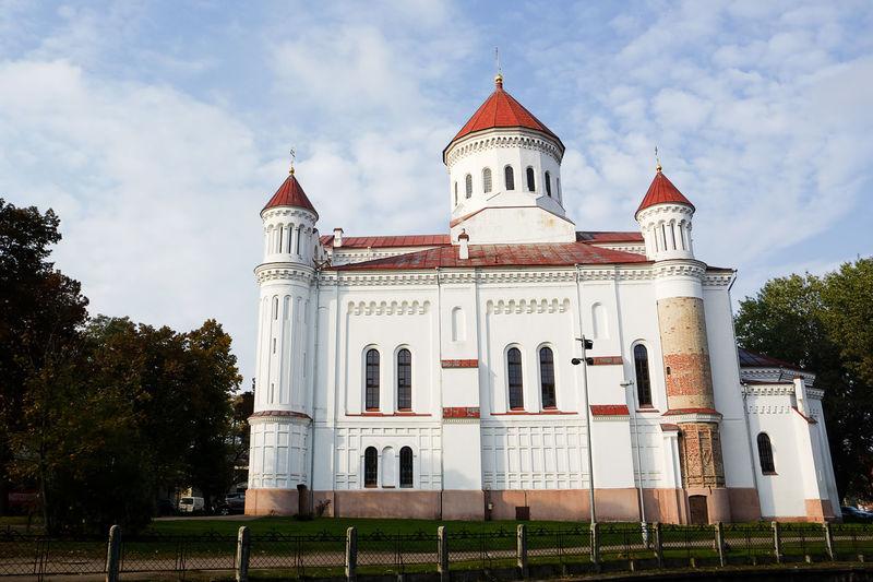 Ortodox church in Vilnius (Lithuania) Autumn Cathedral Church Landmarks Lithuania Vilnius Architecture Building Exterior Capital Landmark No People Orthodox Outdoors Place Of Worship Religion Theotokos Uzupis
