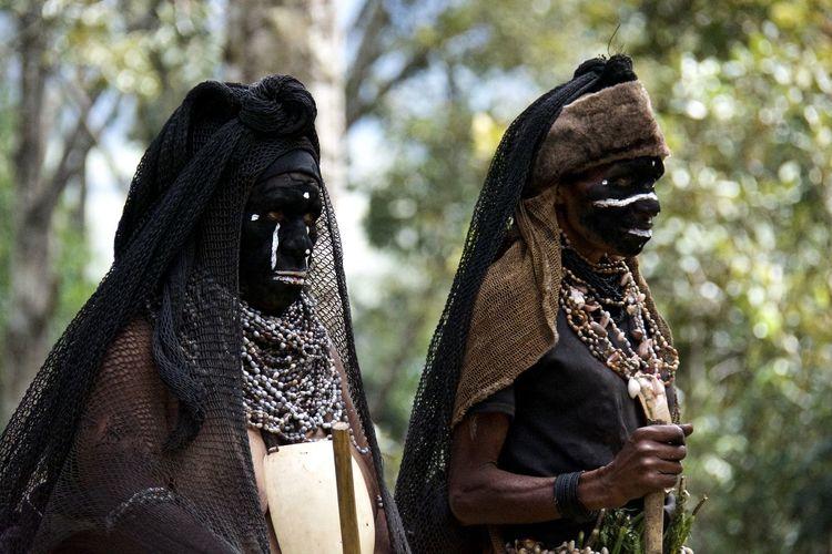 Alkena Pre Fest Activities Mount Hagen Festival Papua New Guinea Adventure Alkena colour of life Painted Womens