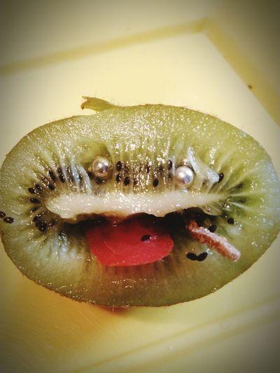 Bau Hello World HelloEyeEm Hi! Cucu❤ Good Morning Kiwipics Kiwi! Green Color Green Green Green!  Portrait