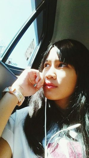 Candid Onmyway Sunbright