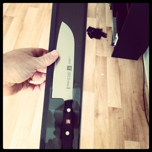 Copped a new Kitchen knife, gonna use it for Chinese Cooking. Zwilling Theknife Germanqualityshizzle