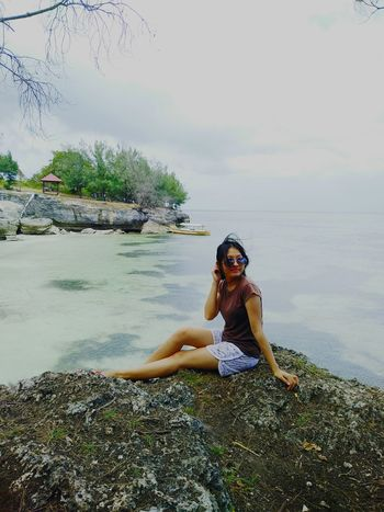 Sea 🌊 Relaxation One Woman Only Only Women Nature Women Beauty One Person One Young Woman Only Serene People Young Adult Adults Only Adult Water Tranquility People Sky Day Vacations Cloud - Sky Outdoors