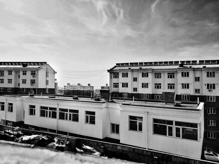 結構 Flat Apartment #City Bnw_friday_eyeemchallenge City Business Finance And Industry Sky