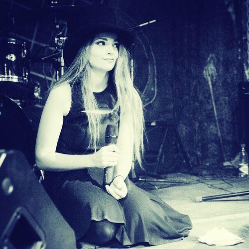 """Половине нашей и """"ненашей"""" эстрады поучиться бы у этой хрупкой девочки,как надо петь! Dolnikova Music талант Истинное искусство"""