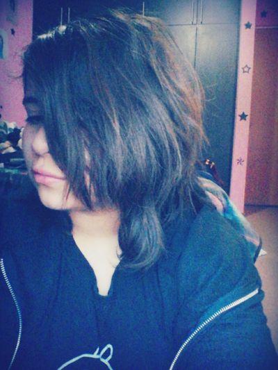 I'm a mess darling. Hi! Messy Hair IDK That's Me