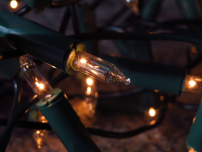 Close-up Christmas Christmas Decoration Focus On Foreground Lighting Equipment Illuminated Selective Focus Glowing Christmas Lights Fairy Lights Chain Of Lights Holiday Lights Electricity  Burning Light Lichterkette Electric Light Artificial Light Cosy Light Cosy Tangled Chain Holidays Electric Lamp Glass - Material