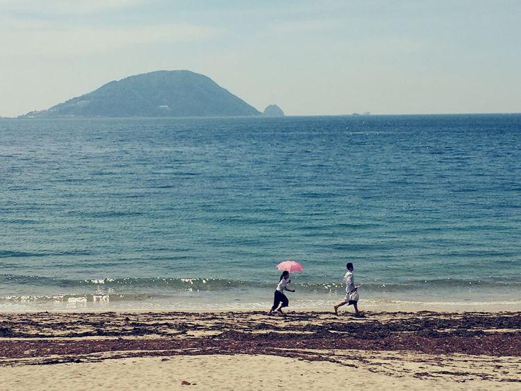 待って〜(*^o^*) Couples❤❤❤ Couples Shoot Beauty In Nature Beachphotography Beach Photography Beach Time Beach Walk Fukuoka,Japan 志賀島