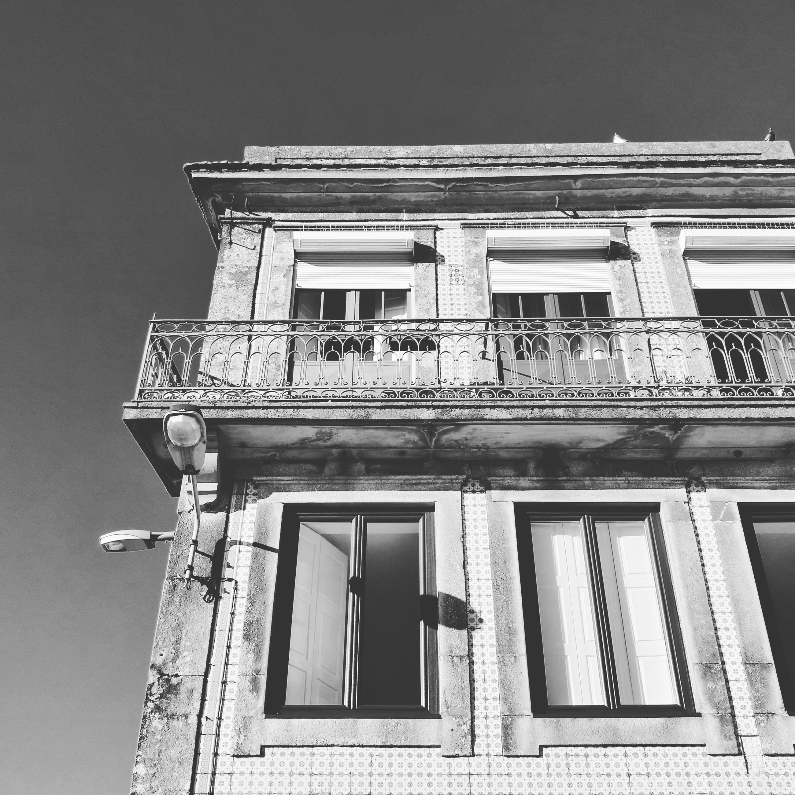 building exterior, architecture, low angle view, built structure, outdoors, no people, clear sky, day, sky