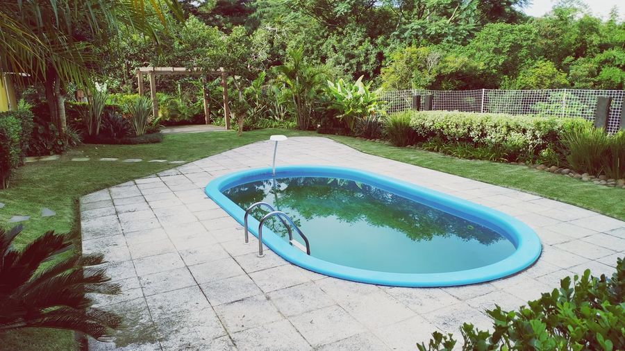 Garden Water Tree Water Slide Swimming Pool Water Park High Angle View Front Or Back Yard Grass Plant Yard