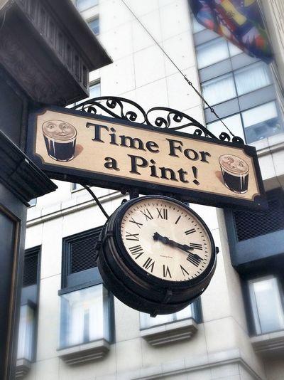 Horloges Pint Pub Time