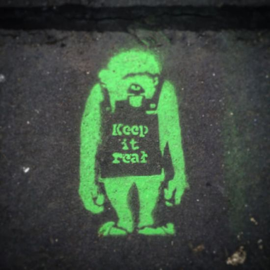 Keep It Real Close-up Day Graffiti Graffiti Art Green Color Green Color Information Keep It Real Monkey No People Outdoors Sandwich Board Street Art Street Art/Graffiti Streetart