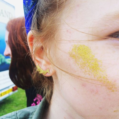 Party Time! Festival Friends Sparkle Glitter Cheekbones Concert Red Heads Gold