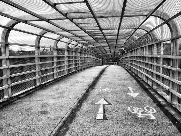 Taken on a bridge over the M60 in Chadderton Manchester just like the way it looks in black and white Monochrome _ Collection Motorway M60 Bridge View Bridges Hdr Photography Architecture_collection See The World Through My Eyes Fujifilm Hdr Edit EyeEm Hdr-Collection Taking Photos Hdr_Collection EyeEm Masterclass Creative Light And Shadow Shades Of Grey Black And White Photography Monocrome Creative Light And Shadow Black And White Photography Bnw_collection Street Photography Urban Photography Grey Photography Eyeem Black And White Abstract Architecture Abstractions In BlackandWhite Fine Art Photography