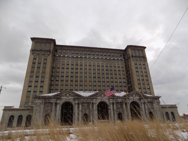 Detroit DetroitMichigan Michigan Central Station Architecture Building Exterior Built Structure Cloud - Sky Day Flag Low Angle View Mcs No People Outdoors Patriotism Sky Stars And Stripes