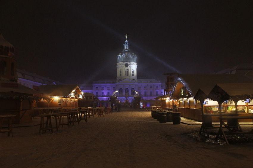 Schloss Charlottenburg weihnachts Markt Nachtfotografie Nachtaufnahme Night Travel Destinations Outdoors Architecture No People
