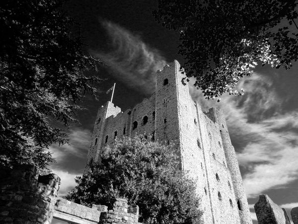 Monochrome Photography Architecture Building Exterior Tree Built Structure Low Angle View Sky Cloud - Sky Cloud Tower Outdoors Day High Section No People Spire  Cloudy Rochester Castle Today's Hot Look Bestoftheday Modern Art Gallery Medieval