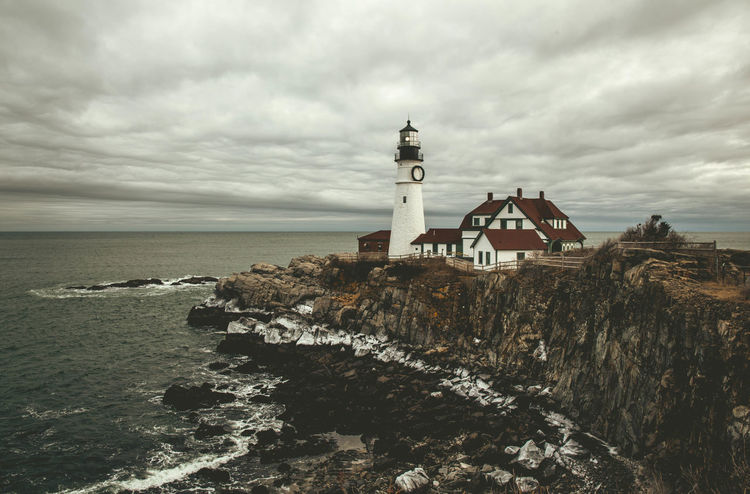 Portland Headlight with ice on the cliffs in winter Atlantic Ocean Cloudy EyeEm Selects EyeEm Gallery EyeEmNewHere Hiking Ice Landscape Photography Landscape_Collection Maine Portland Head Light Winter Architecture Beauty In Nature Built Structure Cloud - Sky Landscape_lovers Landscape_photography Landscapes Lighthouse Nature Nature_collection Ocean Scenics Sky Shades Of Winter