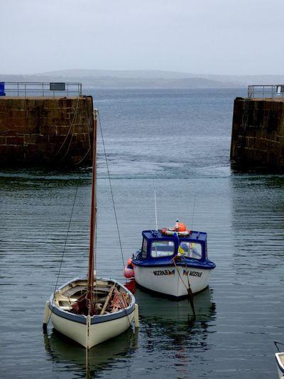 Boats Mousehole, Cornwall Drifting Sailing Cominghome Fishing Boat