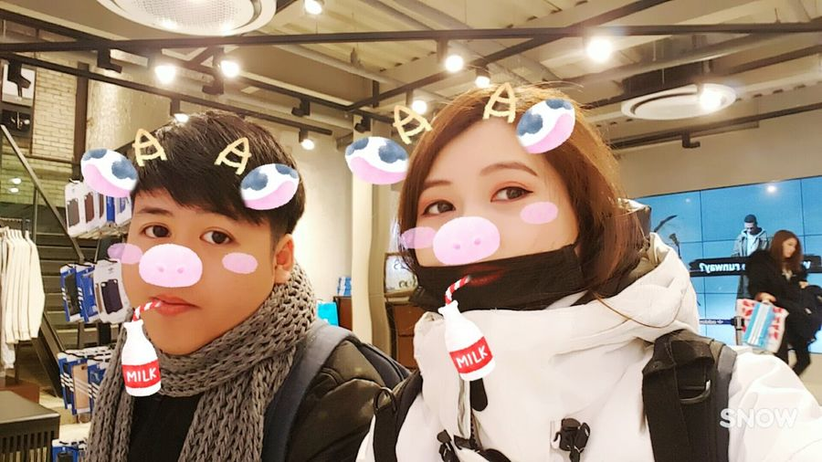 Korean trip. Two People Togetherness Close-up Coupletravels Coupleshot 2017/01 Throwback Cute Couple Snow Camera