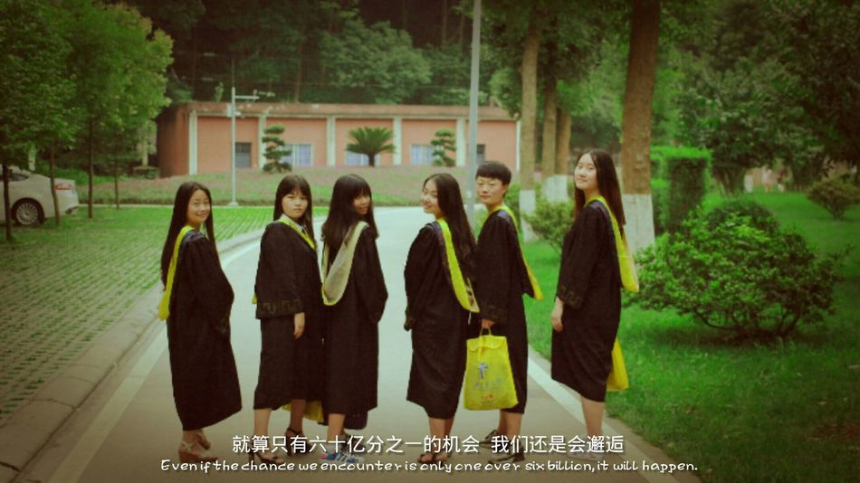 never say goodbye,Best Friends Beautiful Memories Look Back Graduation EyeEm China