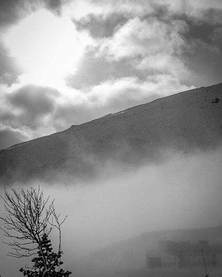 Souvenir Mountains Montagne Piau Piau Engaly Brouillard Fog Ski Skiing Noir Et Blanc Blackandwhite Good Moments EyeEm Best Shots EyeEm Gallery