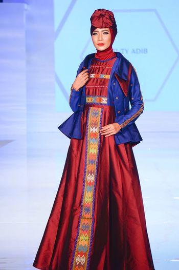 Hijab Hijabstyle  Modest Wear Traditional Clothing Fashion Fashion Photography Fashion Model Moroccan EyeEmNewHere EyeEm Selects The Week On EyeEm Fashion Stories