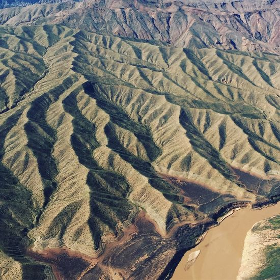 Folded Landscape Textures Of Nevada Aerial View High Angle View Scenics Tranquil Scene Tranquility Pattern Beauty In Nature Arid Climate No People Nature Outdoors Rural Scene Desert Mountain Day Backgrounds Landscapes Landscape_Collection Hills Flying High Art Is Everywhere