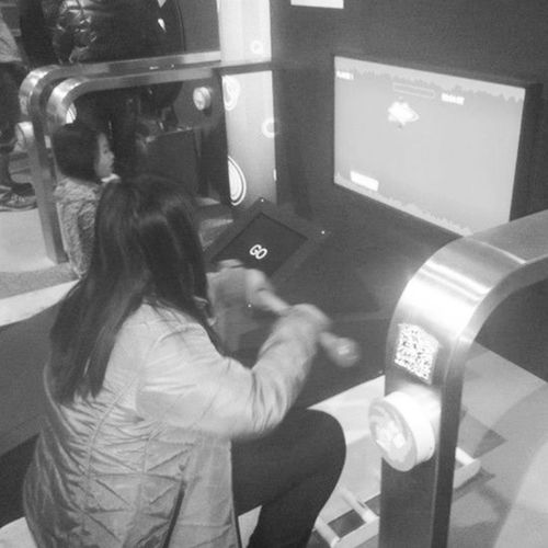 Throwback eto yun eh! Yung enjoy na enjoy ko ung pag sasagwan sa bangka (sa screen lang, game kasi eh) ScienceMuseumMacao