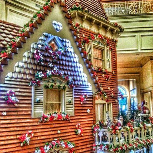 Floridian Gingerbread WaltDisneyworld ChristmasAtWDW