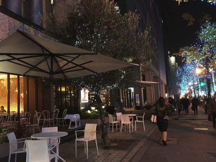 寄り道 Dropping Streetphoto_color Coffee Shop ☕︎ Café ! Fancy Fancy ❤︎ Midosuji OSAKA 今年ももう少し…