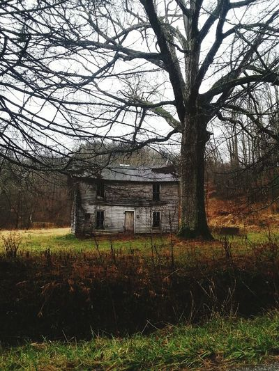 Abandoned Buildings Beauty In Nature No People Tranquility Outdoors Backroadsofwestvirginia Wildandwonderful Farmhouses Vintage Beauty Abandoned