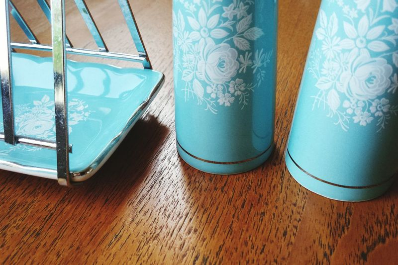 I've been photographing some vintage items for sale this morning and thought the pieces would fit in with patterns. Pattern Pieces White Flowers Floral Vintage Duck Egg Blue Pretty Vintage Gift Ceramic Salt And Pepper Shakers 1950s Kitsch Kitchen Dining Pattern Textures And Surfaces EyeEm Best Shots Eye4photography  Light And Shadow Geometric Shapes Minimalism Simplicity Texture And Surfaces Photographic Memory Wood