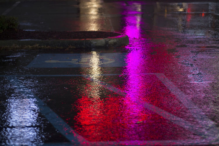 Neon Neon Lights Neonlights Parkinglot Pink Puddles Rain Rainy Rainy Days Reflection Water Refelection