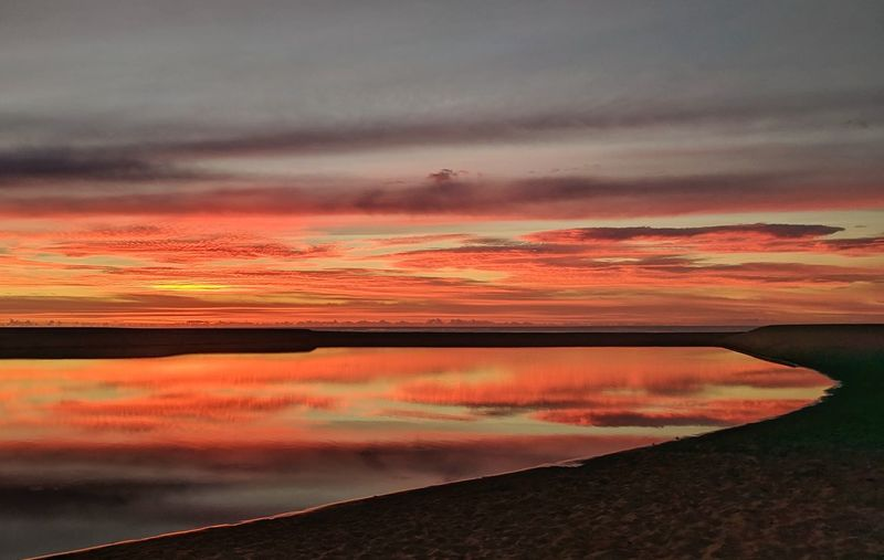 Time for reflection. Sunrise Sunrise_sunsets_aroundworld Sunrise_Collection Australia Water Red Reflection Sea Dramatic Sky Sky Horizon Over Water Landscape