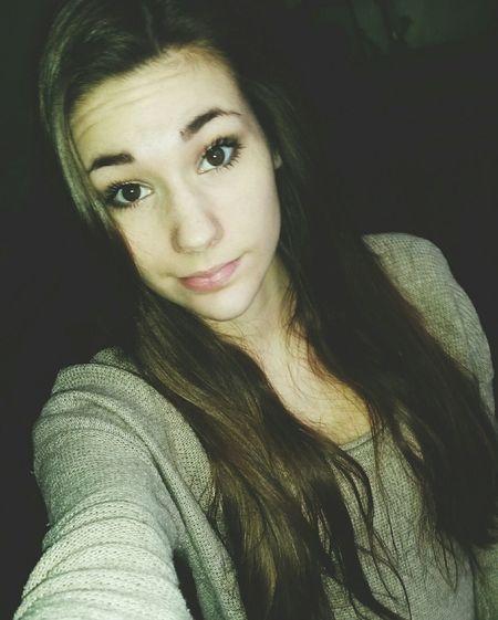Picoftheday French Girl Faces Of EyeEm Longhair Eyeempic Happy Smile