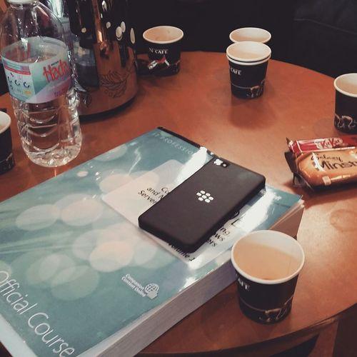قهوه اخر الدوام من ايد التيتشر بيسان الله يسعدها ? Coffee Hi! Riyadh قهوه  قهوهه_عربيه