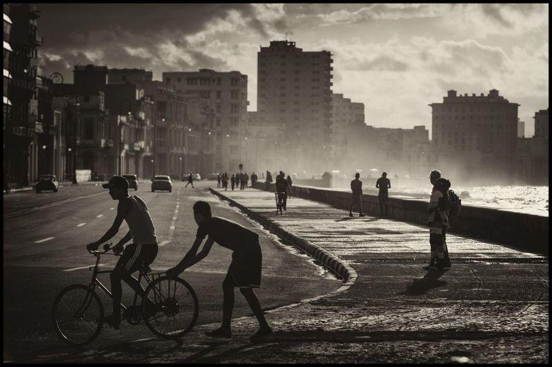 City Life - Havana City Street Cuba B&W Malecon - La Habana Outdoors Summer In Cuba