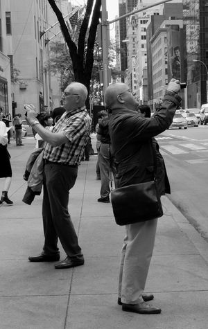 Mirror Image!! Street Photography Cityphotography Black And White NYC People Gentlemen Mirror Image Streets Photographers Tourists Picsartrefugees Urban Street Photography