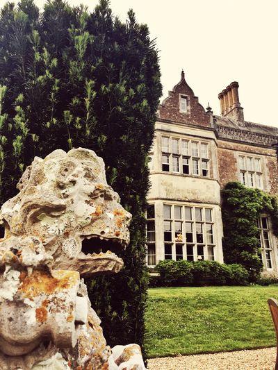 Wiston House Architecture Statue England