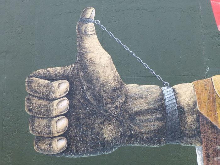 Freedom Graffiti Animal Wildlife Body Part Close-up Day Hand Holding Human Body Part Human Hand Nature Obligatory One Person Outdoors Real People Rope Streetart Streetart #street #streetphotography #tagsforlikes #sprayart #urban #urbanart #urbanwalls #wall #wallporn #graffitiigers #stencilart #art #graffiti #instagraffiti #instagood #artwork #mural #graffitiporn #photooftheday #stencil #streetartistry #photograp Streetart/graffiti Vertebrate #FREIHEITBERLIN