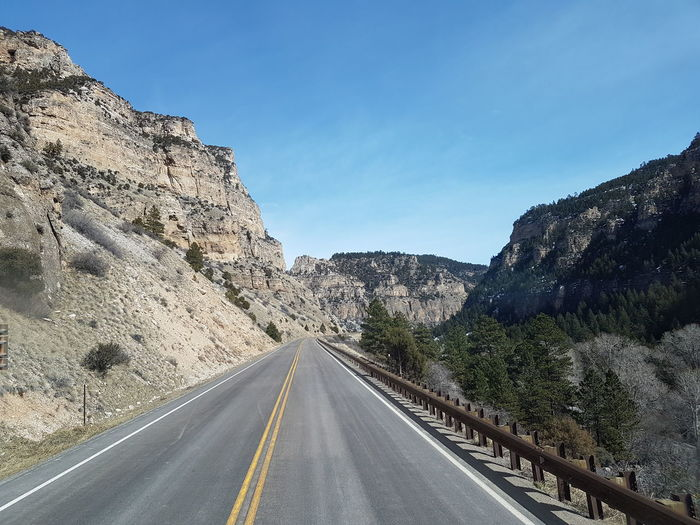 The Way Forward Road Transportation Highway Landscape No People Mountain Day Nature Outdoors Scenics Wyoming Road Winding Road Nature Beauty In Nature