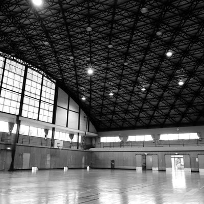 gymnasium Floor 景色 Gymnasium 体育館 Illuminated Ceiling Architecture