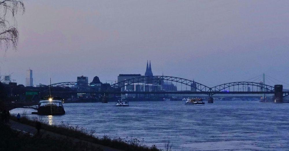 Cologne blue